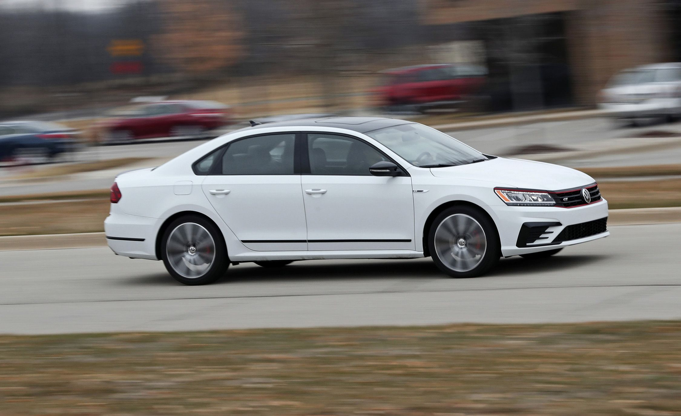 2019 Volkswagen Passat Review, Pricing, And Specs - 2022 Volkswagen Passat Fuel Economy Crash Test, Gas Mileage